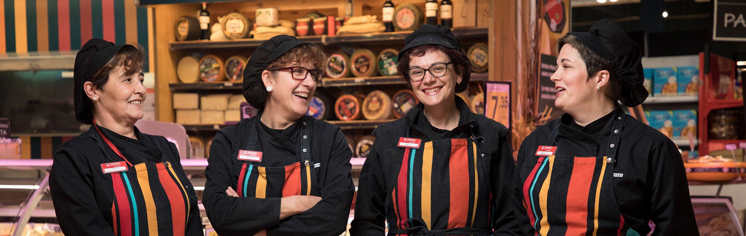 Trabajadoras Eroski sonriendo